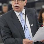 """Eurodeputatul Victor Boştinaru: """"Uniunea Europeană are nevoie de noi capacităţi civile şi militare"""""""