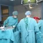 Sondaj îngrijorător: Peste 82% din tinerii medici spun că e posibil să emigreze