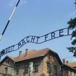 Ofiţer nazist, acuzat de moartea a 170.000 de oameni la Auschwitz