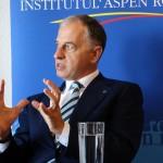 """BUCHAREST FORUM 2015 – Mircea Geoană, președintele Institutului Aspen România: """"Este un moment de mare risc și de mare oportunitate. România – poarta Europei, evadarea de la periferie și transformarea într-un stat pivot reprezintă proiectul nostru național"""""""