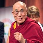 Dalai Lama: Sunt prea mulți refugiați în Europa. Germania, în special, nu poate deveni o țară arabă