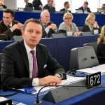 """Europarlamentarul Siegfried Mureșan: """"Rata scăzută de absorbție a fondurilor europene înseamnă 200.000 de locuri de muncă mai puține în România"""""""