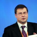 """Editorial semnat de comisarul european Valdis Dombrovskis: """"O Uniune Europeană puternică are nevoie de o monedă euro puternică"""""""