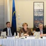 FOTO Klaus Iohannis la summitul PPE. Președintele, alături de Juncker și Merkel la masa discuțiilor