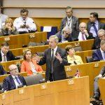 Fostul lider UKIP Nigel Farage nu va candida la alegerile parlamentare anticipate: Vreau să exercit presiune în Parlamentul European