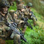 Germania: Peste 65% dintre cetățeni susțin reintroducerea unui serviciu național civil sau militar pentru tineri