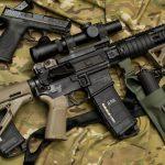 Reguli mai stricte privind armele de foc în Uniunea Europeană decise de țările membre și Parlamentul European. Ce tipuri de arme sunt interzise uzului de către civili