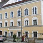 Austria va transforma casa natală a lui Adolf Hitler într-un centru de caritate
