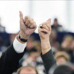 Reforma Directivei privind lucrătorii detașați. Parlamentul European, pregătit să înceapă negocierile cu statele membre