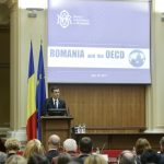 Premierul Sorin Grindeanu: România este pregătită să demareze cât mai curând negocierile de aderare la OCDE. Cosmin Marinescu (consilier prezidențial): Politicile economice sunt cele care fac diferența în ecuația prosperității
