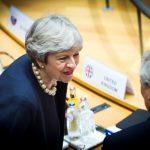 """Brexit: Theresa May, dispusă să ofere statut reglementat cetățenilor UE din Marea Britanie/ Angela Merkel: """"Este un bun început"""""""