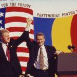 """11 iulie 1997, Bill Clinton la București: """"Păstrați această direcție. Viitorul este al vostru"""". Parteneriatul România-SUA la 20 de ani de la lansare"""