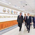 Secretarul SUA al Apărării, Jim Mattis, întâlnire în Kiev cu președintele Ucrainei Petro Poroșenko pe 24 august