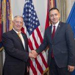 Șeful Pentagonului la întâlnirea cu ministrul român al Apărării la Washington: Ați crescut cheltuielile militare cu aproape 50%; un angajament fenomenal pe care îl recunoaștem ca atare
