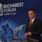 Ministrul Apărării: România nu iese la cumpărături cu bugetul de 2% din PIB, ci își dorește programe de colaborare pentru revitalizarea industriei de apărare românești
