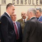Ministrul Mihai Fifor participă la reuniunea miniștrilor Apărării din țările NATO, întrunire dedicată evaluării deciziilor summitului NATO și demonstrării angajamentelor aliaților