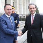 Ministrul Apărării, la prima vizită în Republica Moldova: Mihai Fifor merge luni la Chișinău pentru intensificarea colaborării militare bilaterale