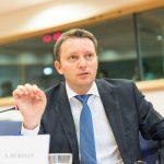 Europarlamentarul Siegfried Mureșan (PNL, PPE): România nu îndeplinește 4 din 5 criterii pentru aderarea la zona euro; sunt necesare măsuri fiscale și economice solide