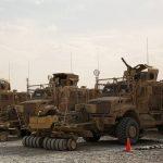 MApN: Unul dintre militarii răniţi în Afganistan a fost transportat în Germania, starea lui este stabilă. Ceilalţi şapte au fost externaţi