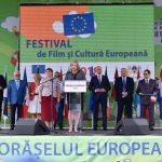 """Comisarul european Corina Crețu a inaugurat în Republica Moldova """"Orășelul European Ungheni 2018"""""""