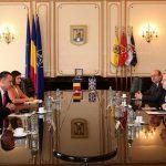 Galerie FOTO Ministrul Apărării Mihai Fifor: Apreciez contribuţia Marii Britanii în România în ceea ce priveşte prezenţa militară constantă, pe toate cele trei dimensiuni