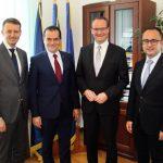 Important oficial german, întâlnire la București cu liderii PNL. Eurodeputatul Siegfried Mureșan: Cooperarea dintre partidele de dreapta din Europa este acum mai importantă decât oricând