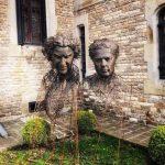 Sculpturi de peste 6 metri înălțime, realizate din aproximativ 80 de tone de material, expuse din 16 iunie, la Castelul Cantacuzino din Bușteni