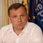 La o zi după ce mii de oameni au protestat în stradă, Curtea Supremă din Republica Moldova decide astăzi dacă menține anularea alegerilor pentru Primăria Chișinău