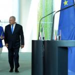 Premierul israelian Benjamin Netanyahu, primit de Angela Merkel: Iranul poate declanșa un nou val de refugiați în Europa
