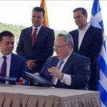"""""""În aceeași barcă, spre Europa"""". După 27 de ani de dispute, Macedonia are un nou nume. Acordul Atena-Skopje a fost semnat în prezența Federicăi Mogherini și a lui Johannes Hahn"""
