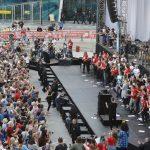 Proteste de amploare la Viena, capitala țării ce a preluat astăzi președinția Consiliului UE, împotriva extinderii programului de lucru la 60 de ore pe săptămână