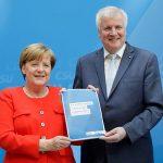 Criză politică evitată în Germania. Cancelarul Angela Merkel și principalul său aliat, Horst Seehofer, au ajuns la un acord care înăsprește politica germană privind migrația