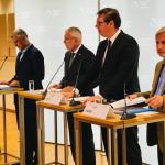 Comisarul european Johannes Hahn adoptă o poziție diferită de cea a Germaniei privind disputa între Serbia și Kosovo. Acesta sprijină o posibilă schimbare a frontierei