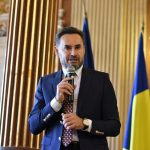 """Primarul Gheorghe Falcă în cadrul dezbaterii """"Europa începe la Arad"""": Trebuie să ne simțim în continuare europeni în decizii"""