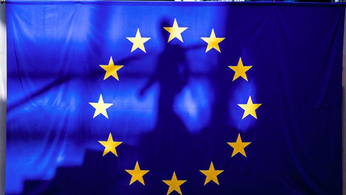 Politico Europe: Forțele pro-europene își vor păstra o majoritate confortabilă în noul Parlament European